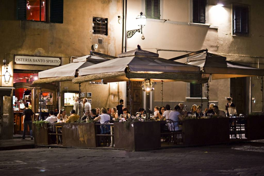 florence outdoor dining  (KS)