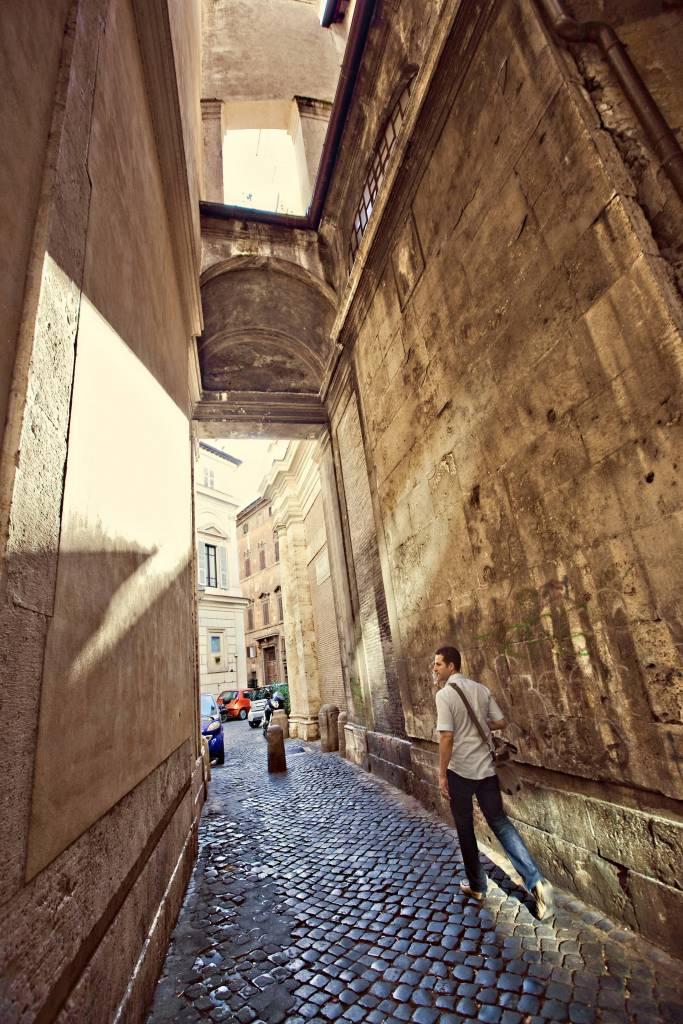Walking Rome Streets